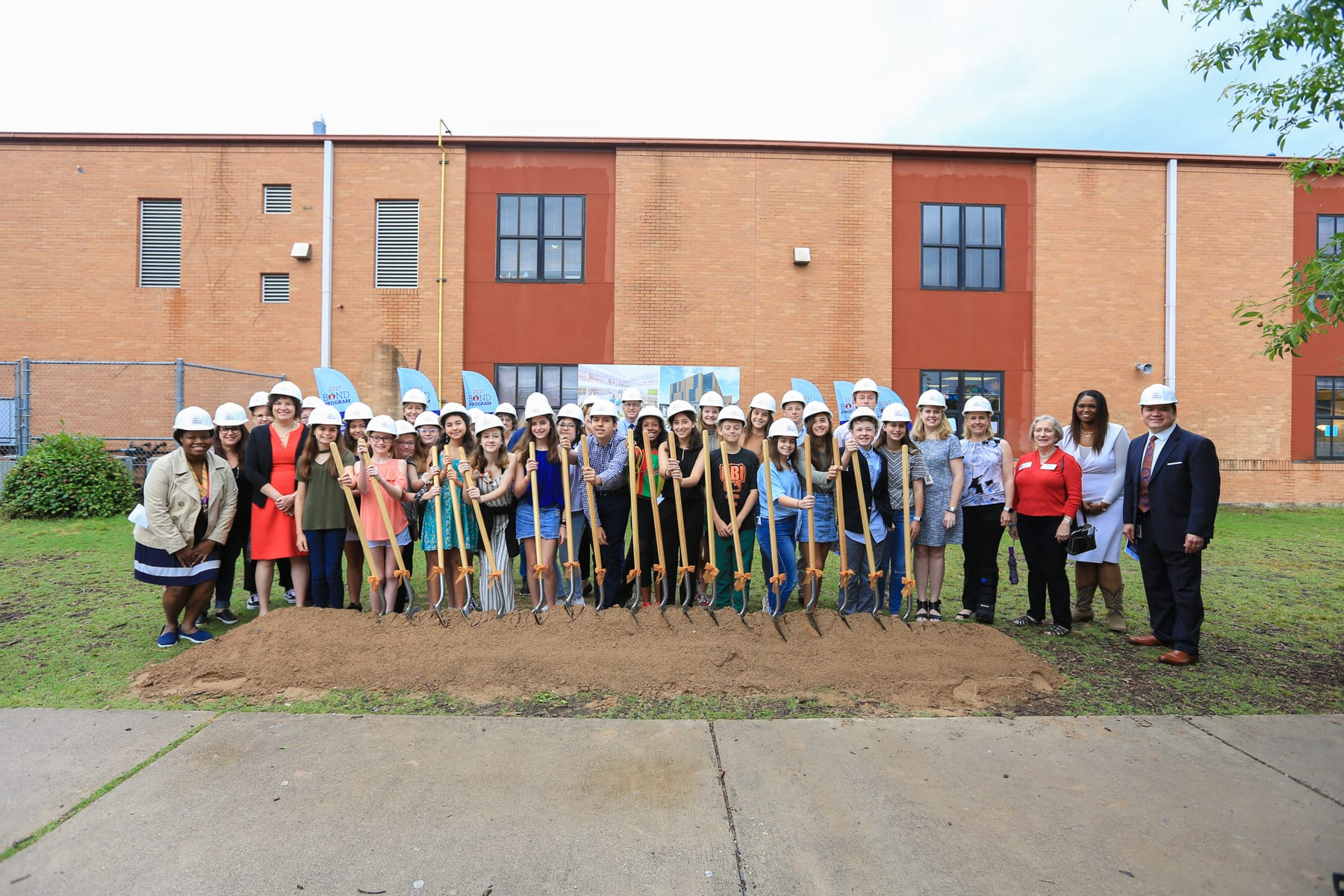 Murchison_Middle_School_Groundbreaking_Photo